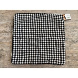 NWT POTTERY BARN Sherpa Plaid 18 x 18 Pillow Cover